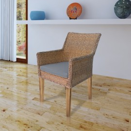 Chaise en rotin pieds en bois