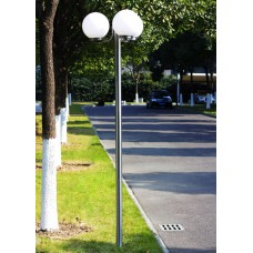 Lampadaire extérieur triple boule 220 cm